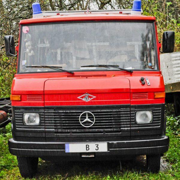 Frontscheibe Windschutzscheibe niedrig 68cm Mercedes Benz Düdo
